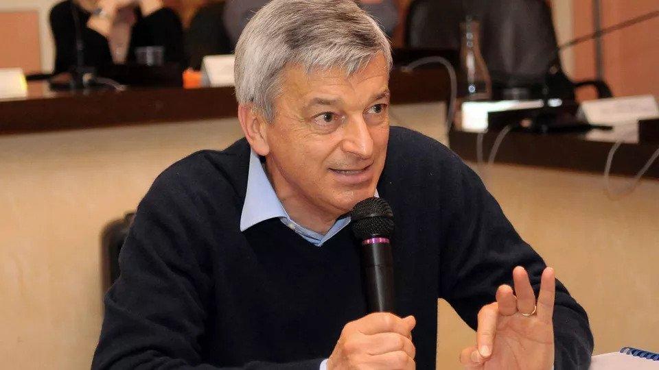Stefano Montario: las mascarillas incuban el cáncer
